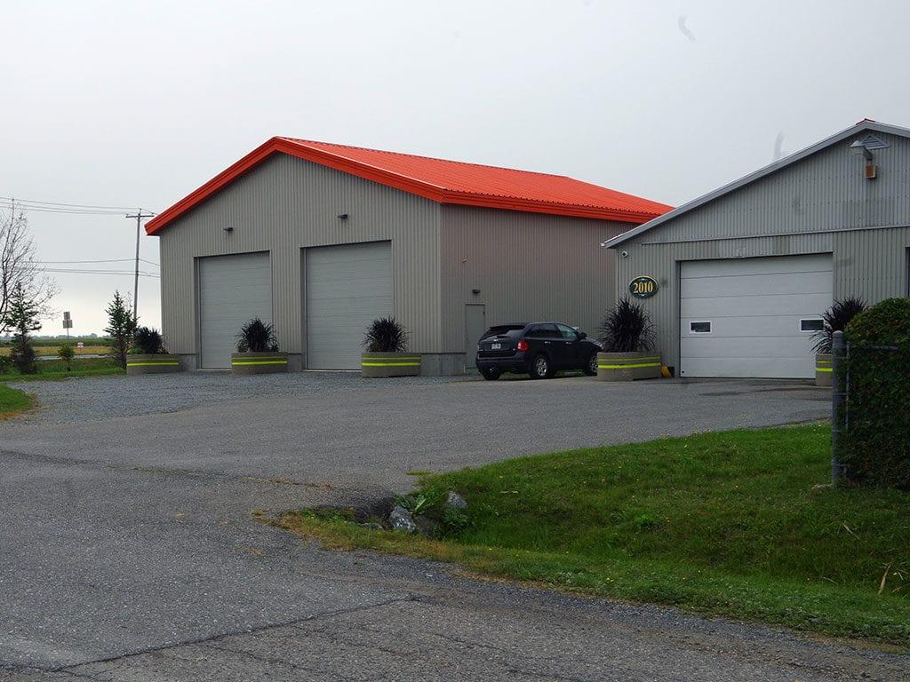 Garage et entrepôt municipal
