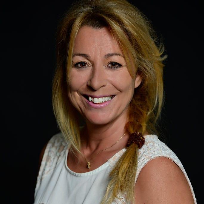 Madame Lyne Rivard, directrice générale et secrétaire-trésorière de la Municipalité
