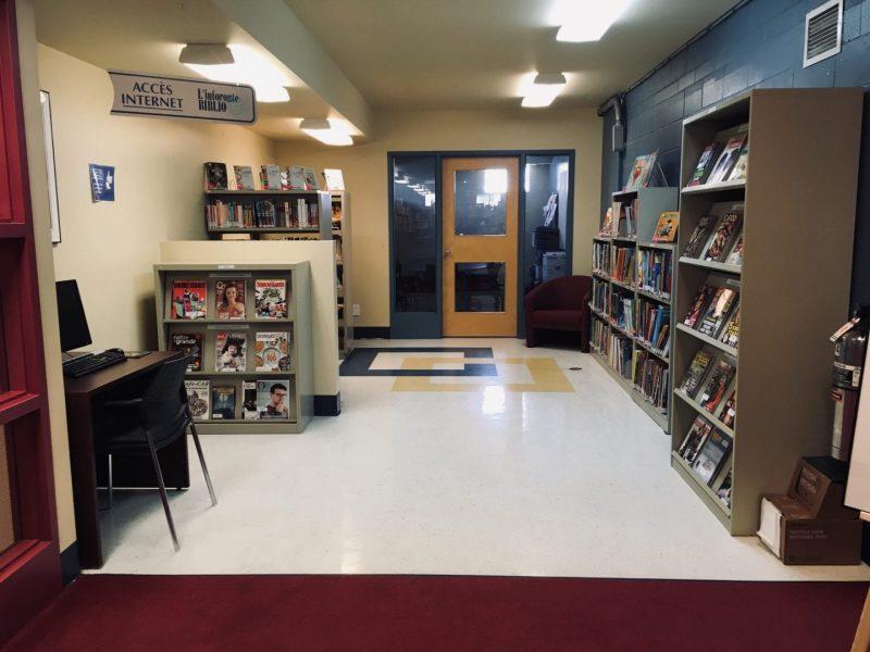 Bibliothèque Ryane-Provost, coin jeunesse, bande-dessinée et magazines